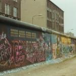 http://www.berlijntrip.nl/wp-content/uploads/2013/11/De-Berlijnse-Muur-36757.jpg