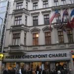 https://www.berlijntrip.nl/wp-content/uploads/2014/07/Checkpoint-Charlie-36741.jpg
